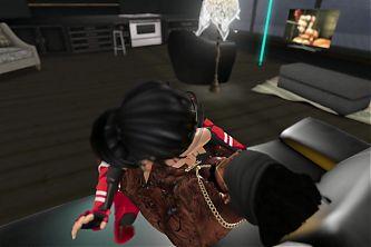 Falara riding a BBC - Second Life